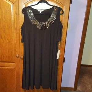 Cold Shoulder Flowing Black with detail dress.